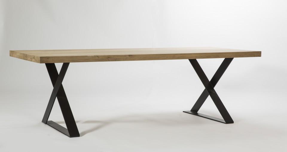 Metalen Onderstel Tafel : Eiken tafel opgedikt blad metalen onderstel gedraaide poot