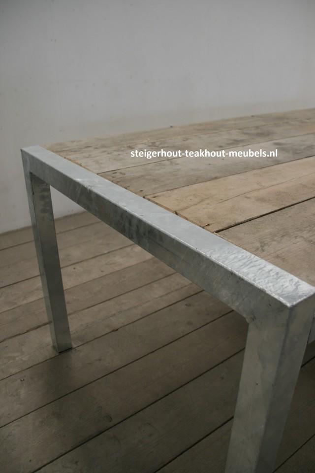 Metalen tafelpoot - Twister - 8x8